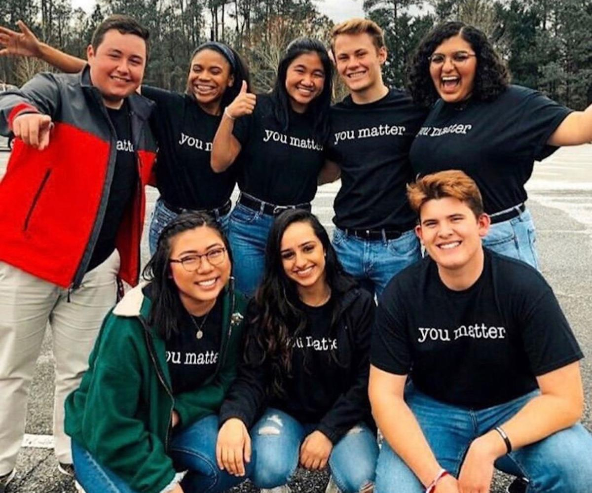 Duluth High spreads positivity with #duluthyoumatter campaign
