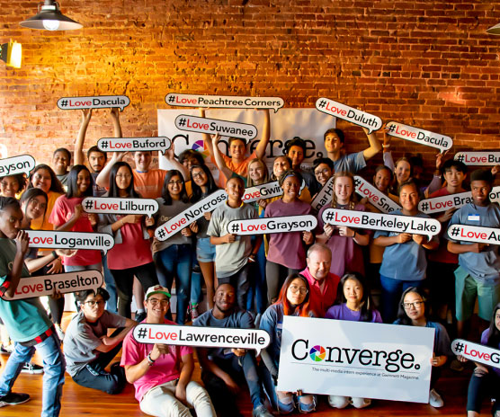 Converge! 40+ Students Learn About Convergent Journalism in Intern Program