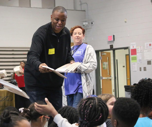 Trip ES fourth graders learn about little-known, influential inventors from Gwinnett author