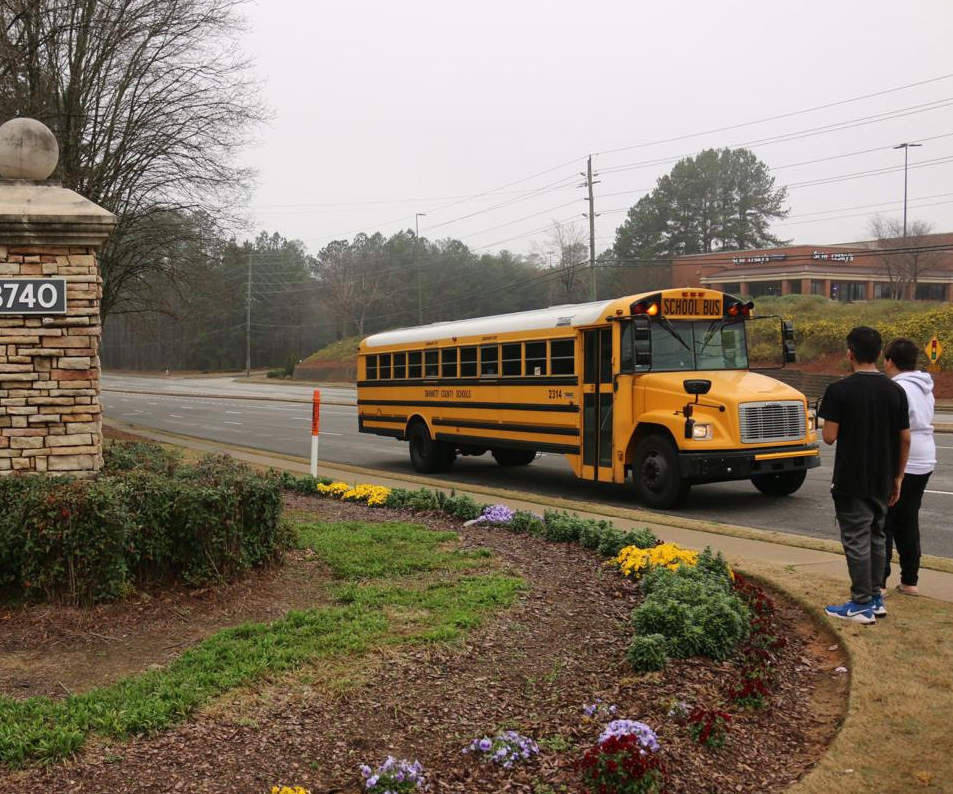 Gwinnett bus drivers take dutiful approach to meal deliveries